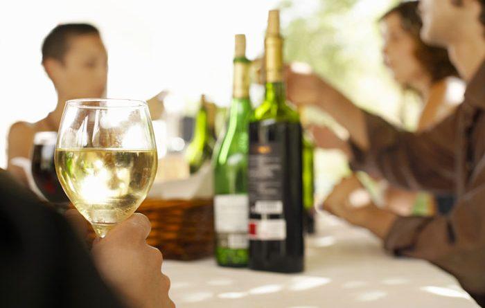 vino-fai-da-te-spumante-vendemmia-vite-vinificazione-imbottigliamento-cantina-degustazione-14